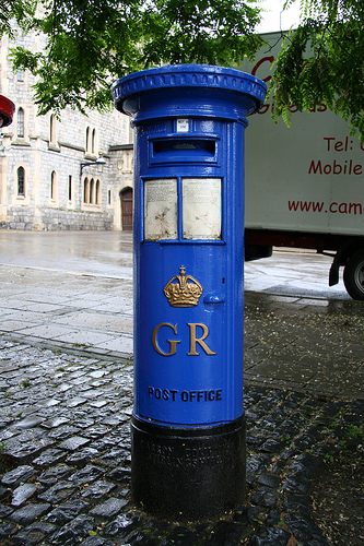 post boxes in blue | the lady in waiting