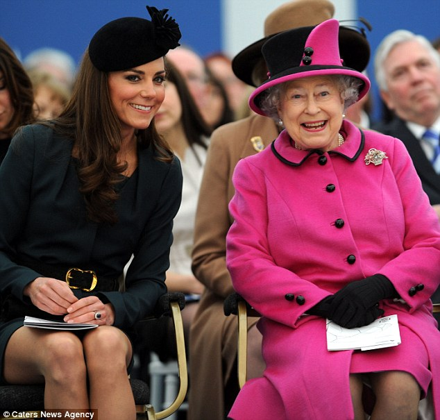 Lady of the Week: Kate, Duchess of Cambridge (2/5)