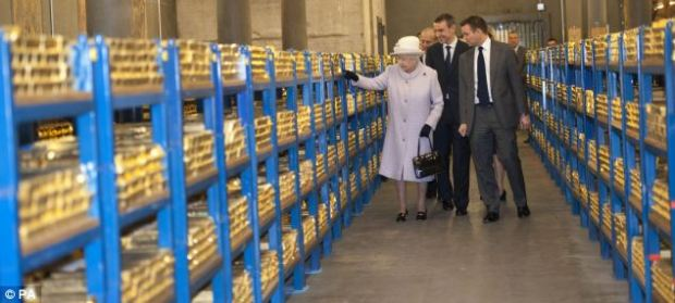 queen at the bank of england