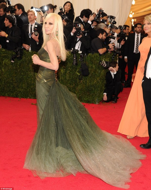 6. Donatella Versace's dress is superb - the weight and stature of the train is perfectly balanced by the tight contours of the gown's body.